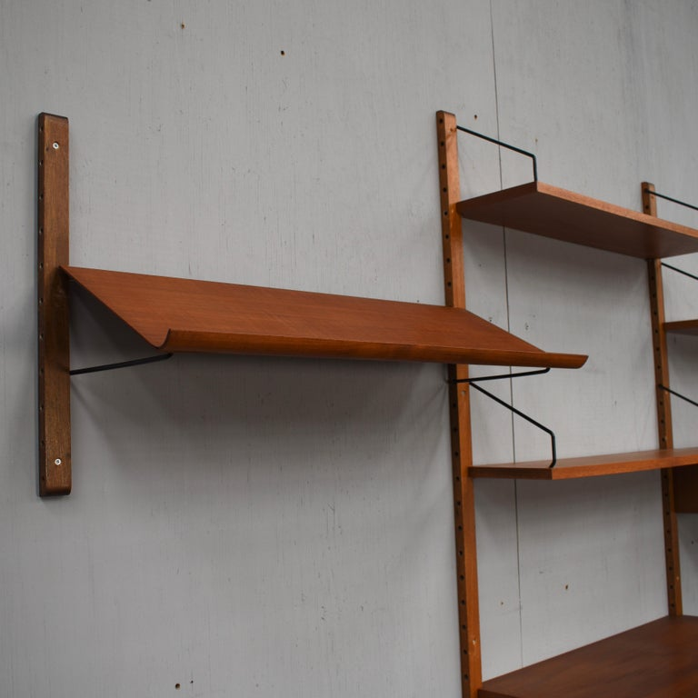 Cadovius Wall Unit 'Royal' Series in Teak - Denmark, 1950s For Sale 2