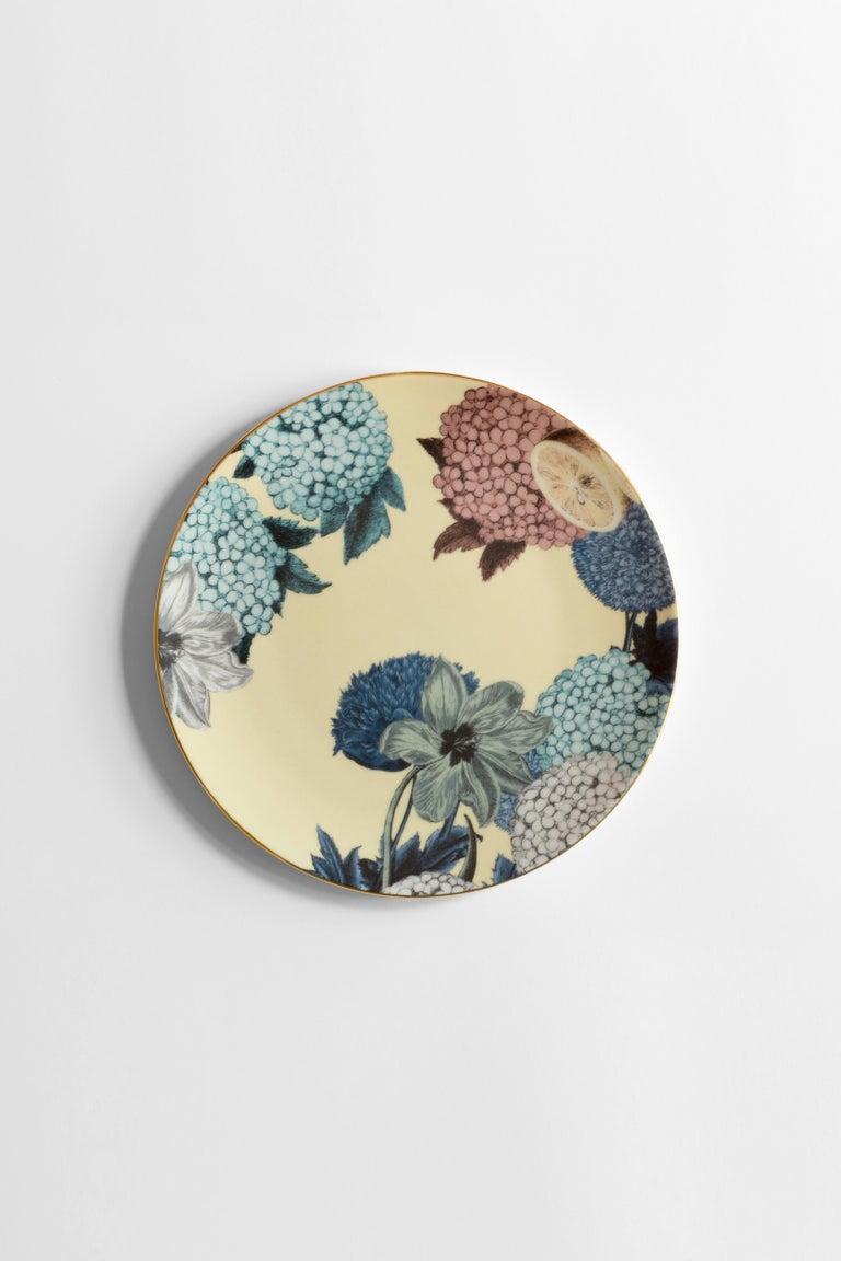 Cairo, Six Contemporary Porcelain Dinner Plates with Decorative Design For Sale 1