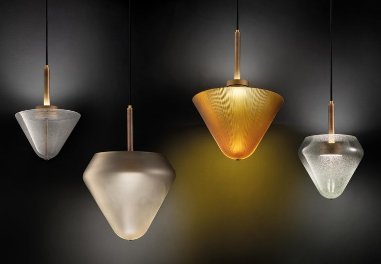Calici small low pendant by Salviati. Designed by Federico Peri. More glass colors and glass finishing options are available upon request, subject to price change. Version shown in picture is Crystal glass color with Pulegoso glass finish.  The