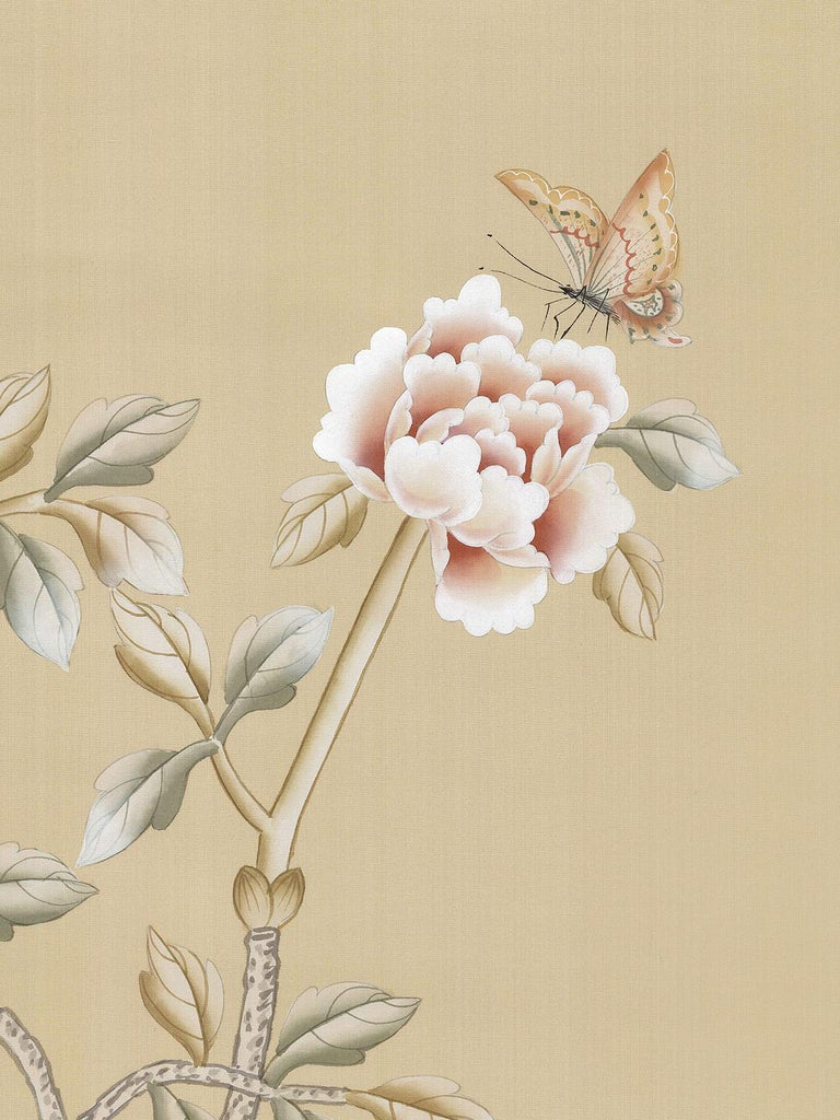 Calloway is a classic chinoiserie design. Painted in a warm color way, the scene is refined and elegant at the same time. Each panel measures 36