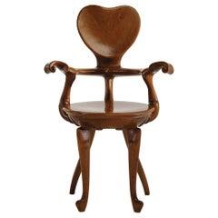 Calvet armchair in solid oak by Antoni Gaudi