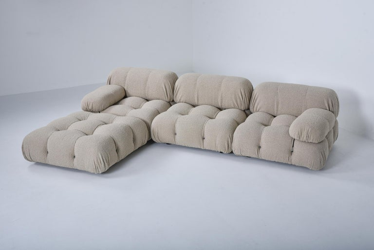 Camaleonda Modular Sofa in Taupe Boucle by Mario Bellini In Excellent Condition For Sale In Antwerp, BE
