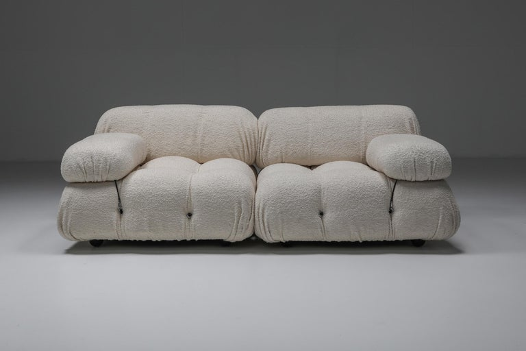 Camaleonda Sofa in Boucle Wool by Mario Bellini In Excellent Condition For Sale In Antwerp, BE