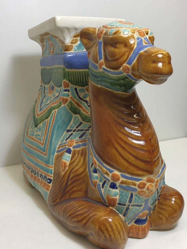 Camel Garden Stool or Side Table Patio Decoration In Good Condition For Sale In Frisco, TX