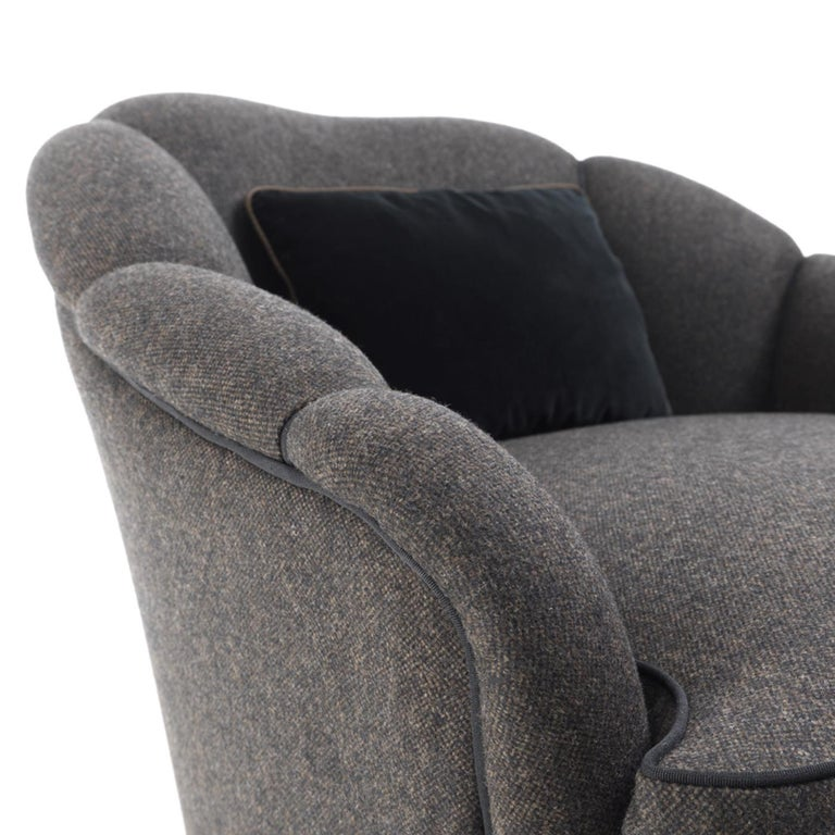Camelia Armchair In New Condition For Sale In Milan, IT