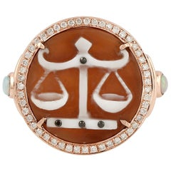 Cameo Diamond 18 Karat Gold Ring