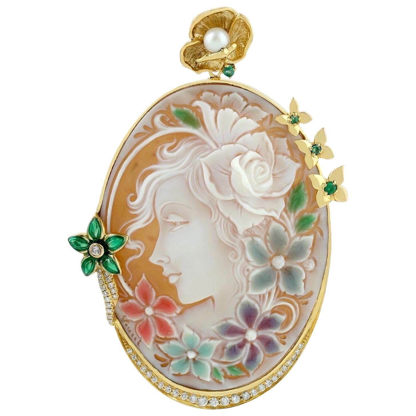 Cameo Emerald Diamond 18 Karat Gold Pendant Necklace