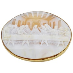 Cameo of the Last Supper Engraved Brooch and Pendant