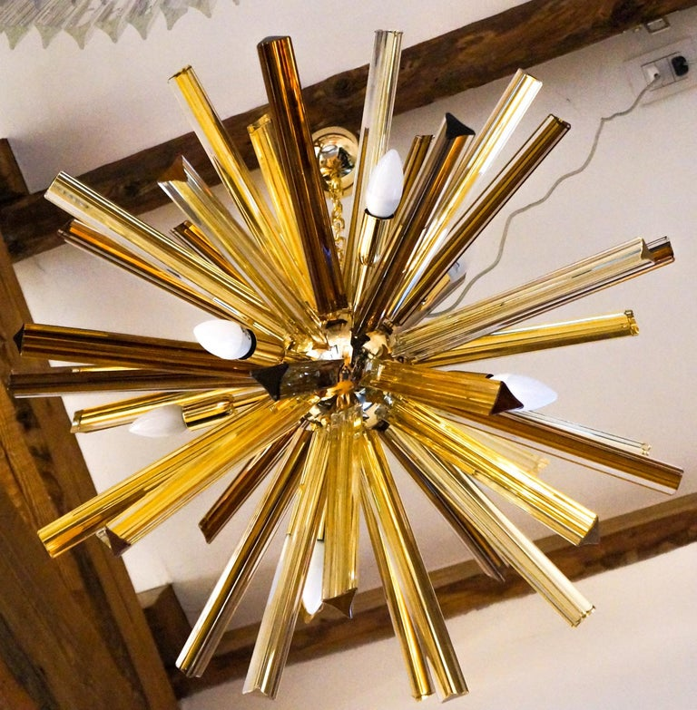 Hand-Crafted Camer Glass Mid-Century Modern Amber Murano Chandelier Italian Sputnik, 1982 For Sale