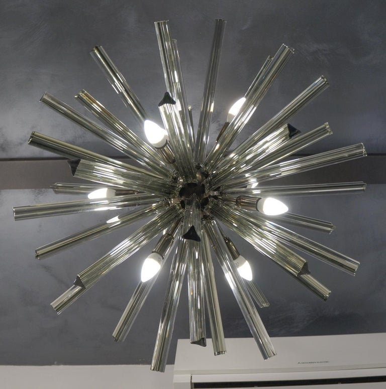 Camer Glass Mid-Century Modern Gray Triedri Murano Chandelier Sputnik, 1982 For Sale 4