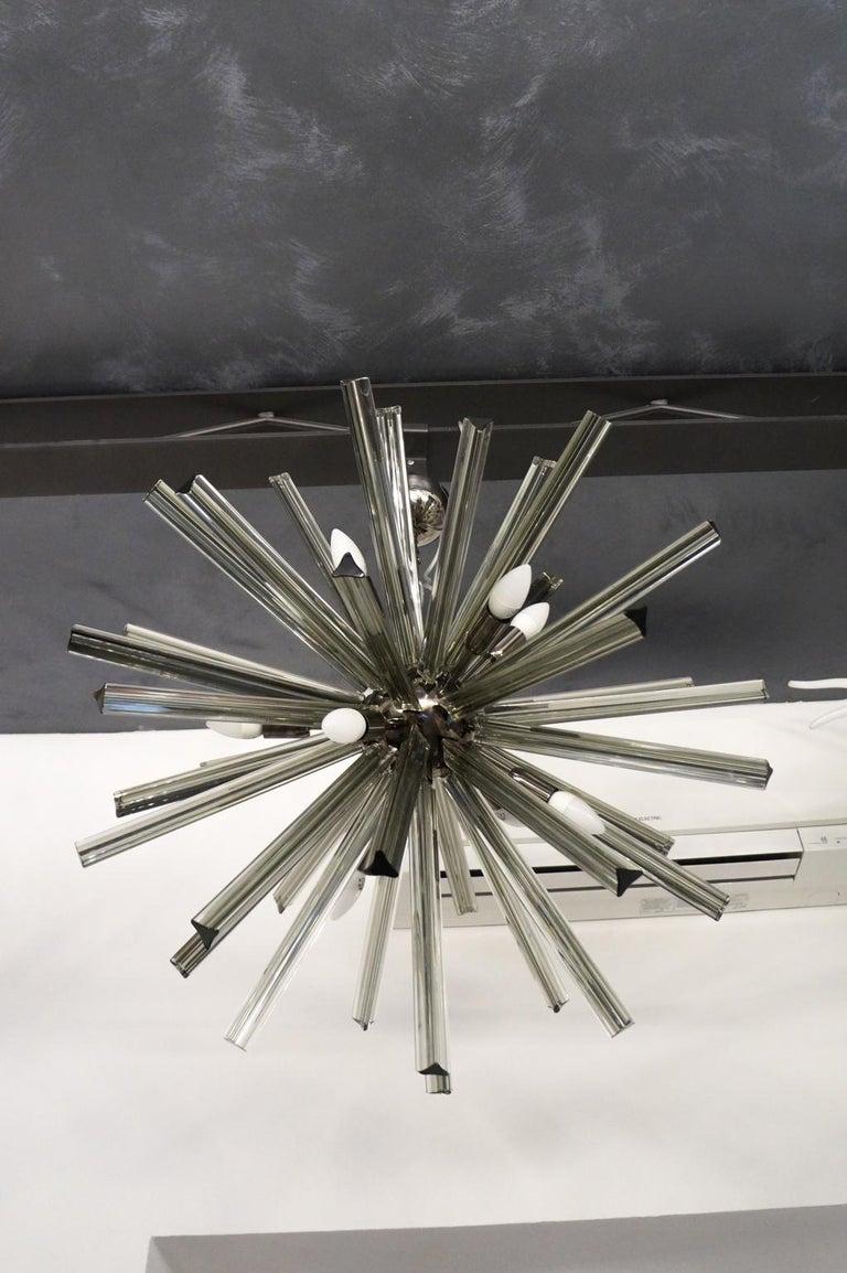 Camer Glass Mid-Century Modern Gray Triedri Murano Chandelier Sputnik, 1982 For Sale 7