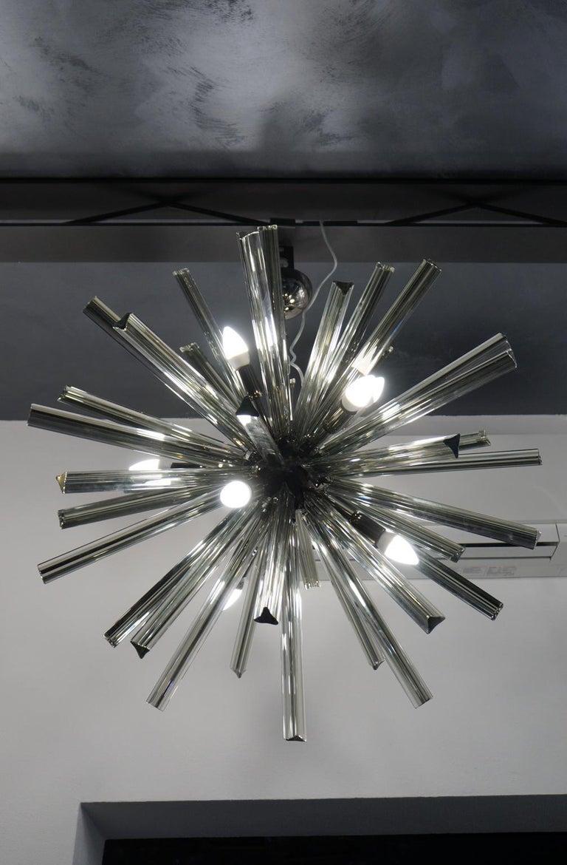 Camer Glass Mid-Century Modern Gray Triedri Murano Chandelier Sputnik, 1982 For Sale 10
