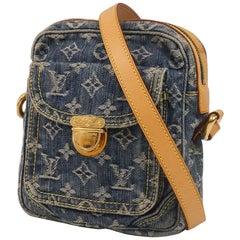 Camera bag  Womens  shoulder bag M95348  blue Leather