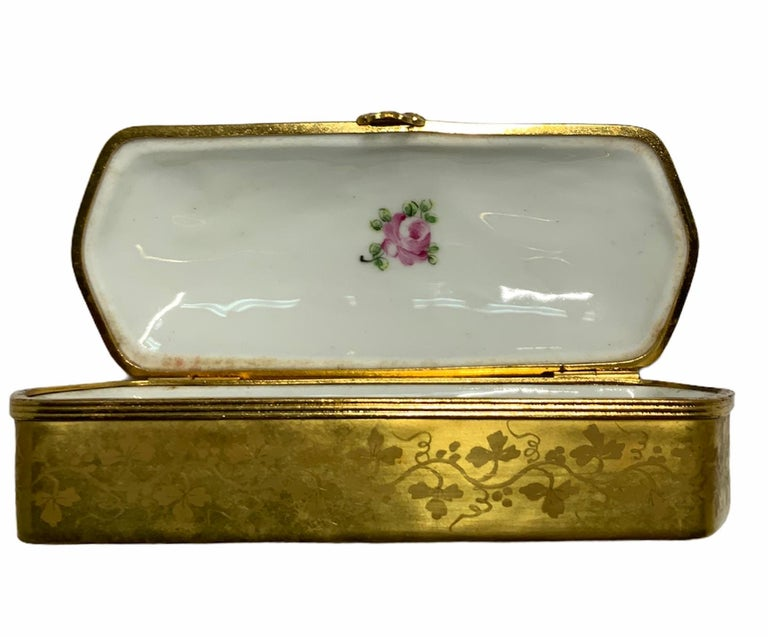 French Camille Le Tallec Porcelain Rectangular Dresser Box For Sale