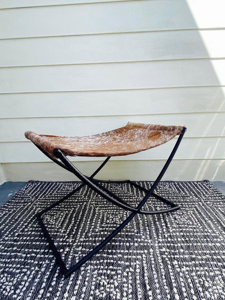 American Campaign Style Bench with Brown and White Leather Hide Seat and Iron Base For Sale