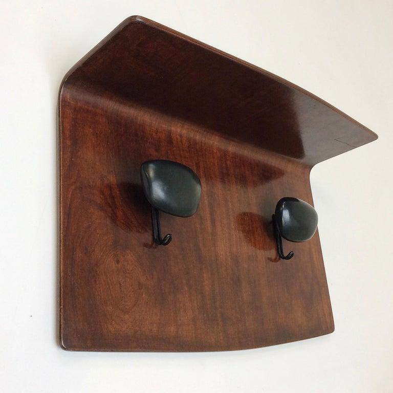 Campo et Graffi Plywood and Ceramic Coat Rack, circa 1950, Italy For Sale 2