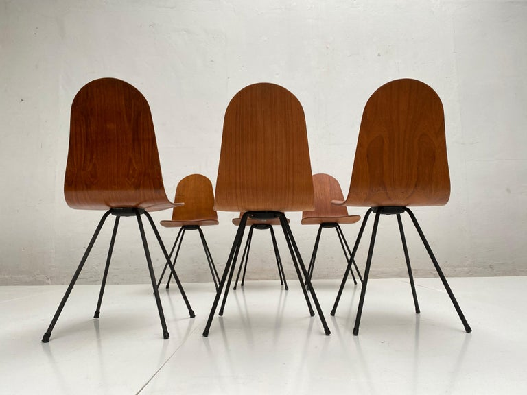 Enameled Campo & Graffi Dining Set Comprising 6 Chairs & Matching Table, 1958, published For Sale