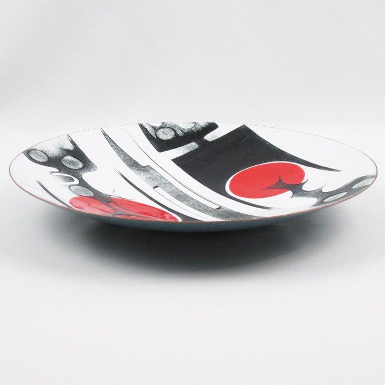 Canadian Anita Trottier 1970s Enamel Art Work Plate Centerpiece Bowl In Excellent Condition For Sale In Atlanta, GA