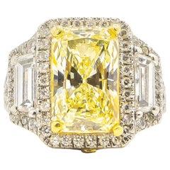 Canary Diamond 6.14 Carat Ring with Diamond Setting 2.40 Carat