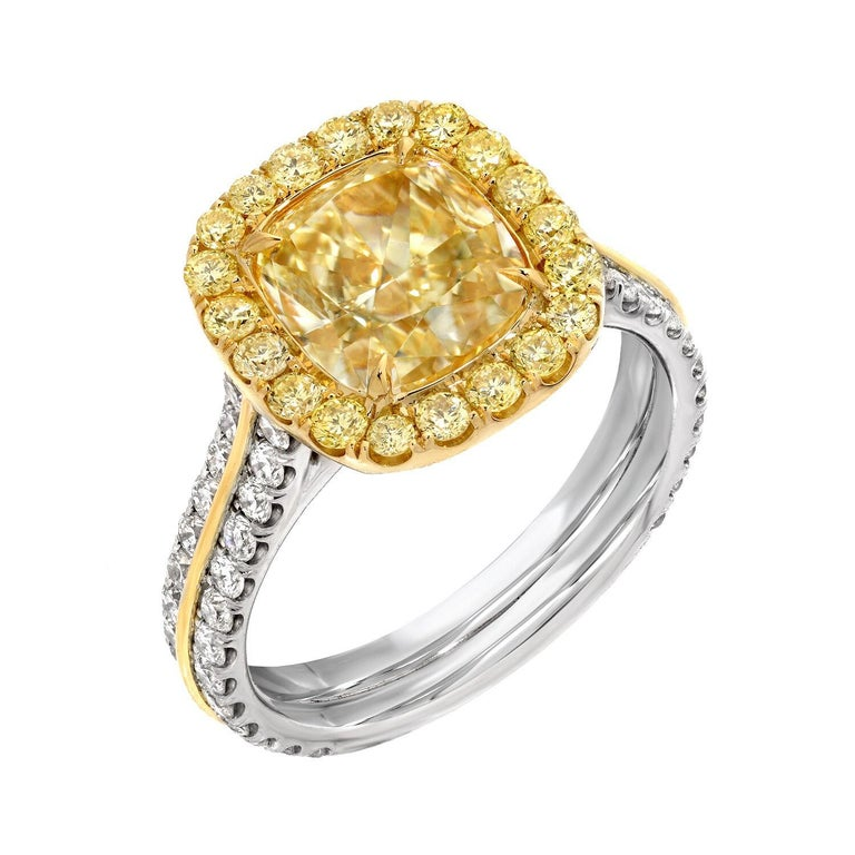 Modern Yellow Diamond Ring Cushion Cut GIA 2.40 Carat Fancy Light Yellow Canary Diamond For Sale