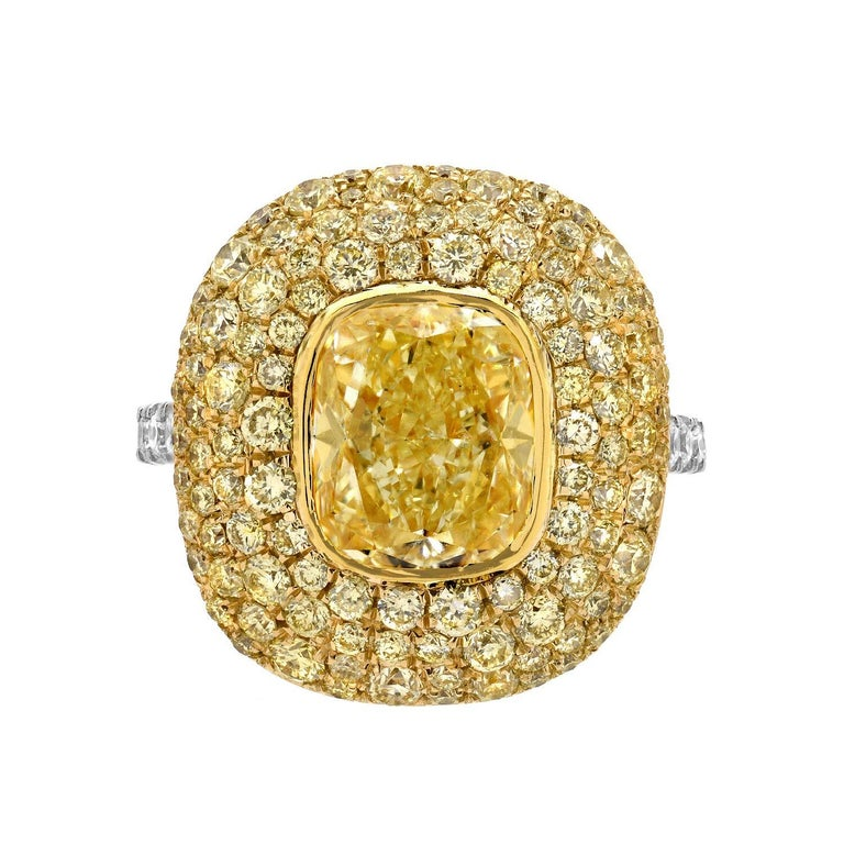 Modern Canary Fancy Light Yellow Diamond Gold Platinum Ring GIA Certified 3.01 Carat For Sale