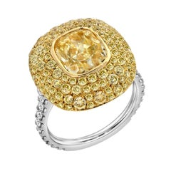 Yellow Diamond Ring Cushion Cut 3.01 Carat GIA Fancy Light Yellow Canary Diamond