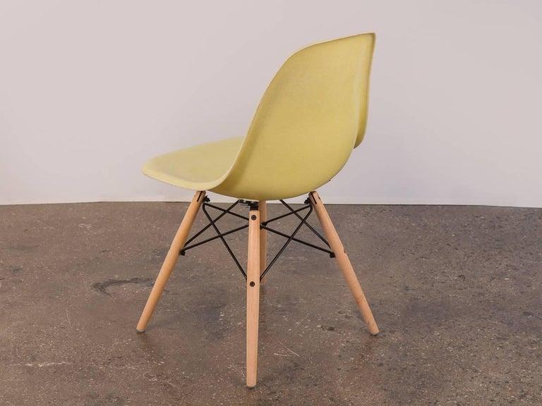 American Eames for Herman Miller Lemon Yellow Shell Chair For Sale