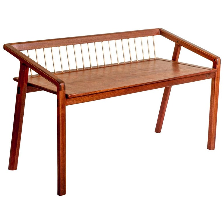 Canela for Two Contemporary Bench in Brazilian Hardwood by Knót Artesanal For Sale