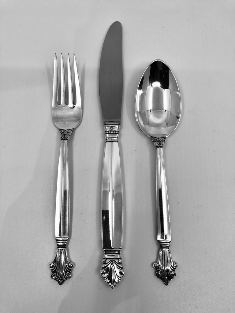 This is a set of Georg Jensen sterling silverware in the Acanthus pattern, design by Johan Rohde from 1917.Acanthus is the sister pattern to Johan Rohde's famous Acorn silverware; The original Danish name for Acorn is