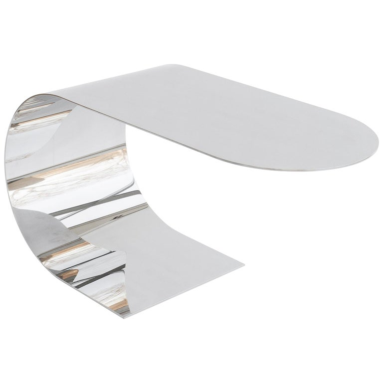 Contemporary & minimalist Cantilever Table in recycled polished stainless steel For Sale
