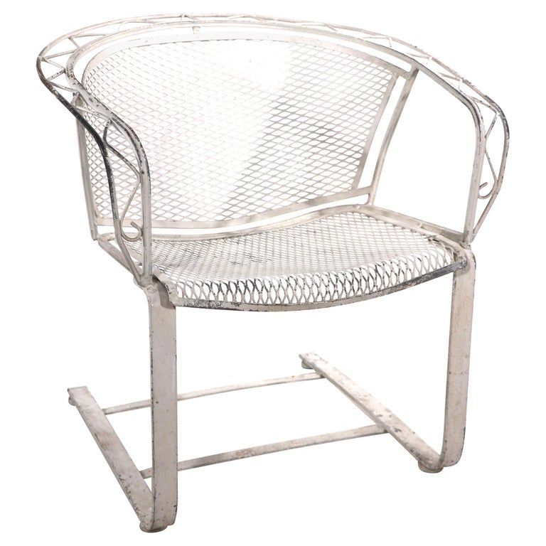 Cantilevered Salterini Lounge Patio Garden Chair For Sale