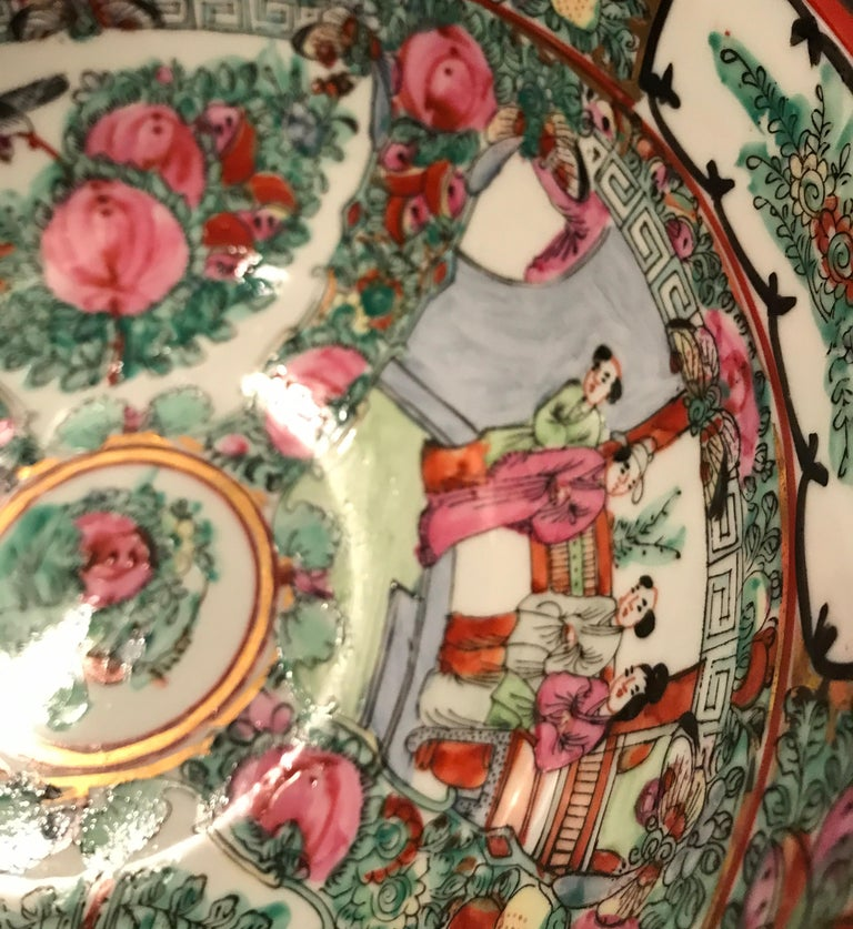 Canton Famille Rose Chinese Export Porcelain Centerpiece Bowl For Sale 5