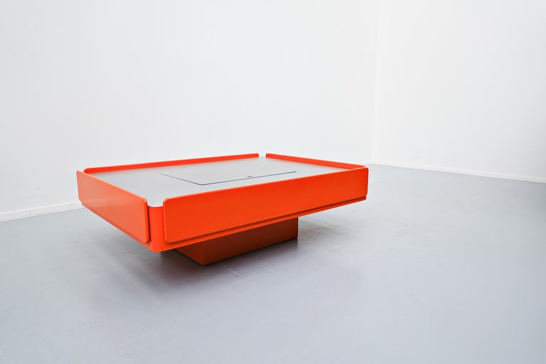 Caori coffee table by Vico Magistretti for Gavina, Italy, 1960s.
