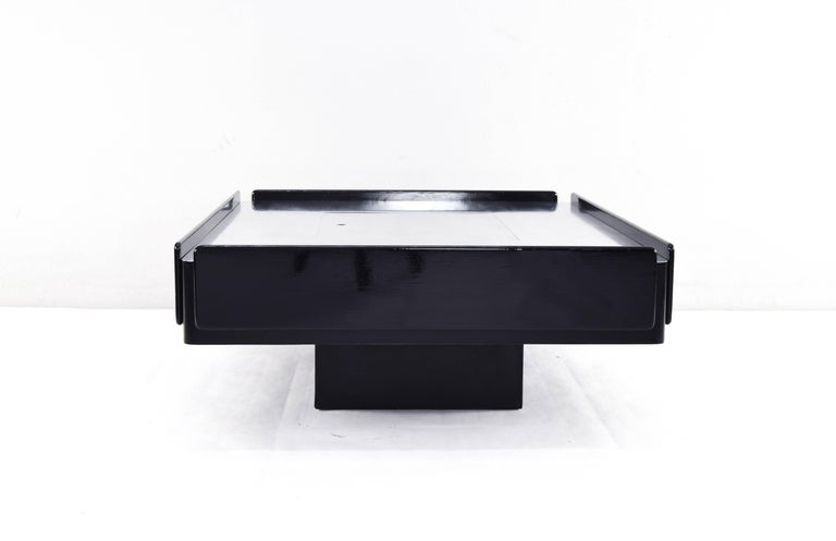 Caori Midcentury Cocktail and Coffee Table by Vico Magistretti for Gavina 3
