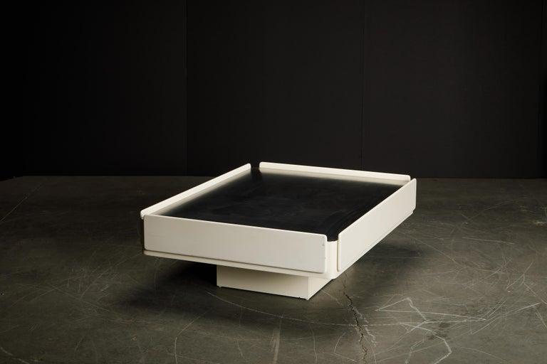 'Caori' Attributed Coffee Table by Vico Magistretti for Gavina  3