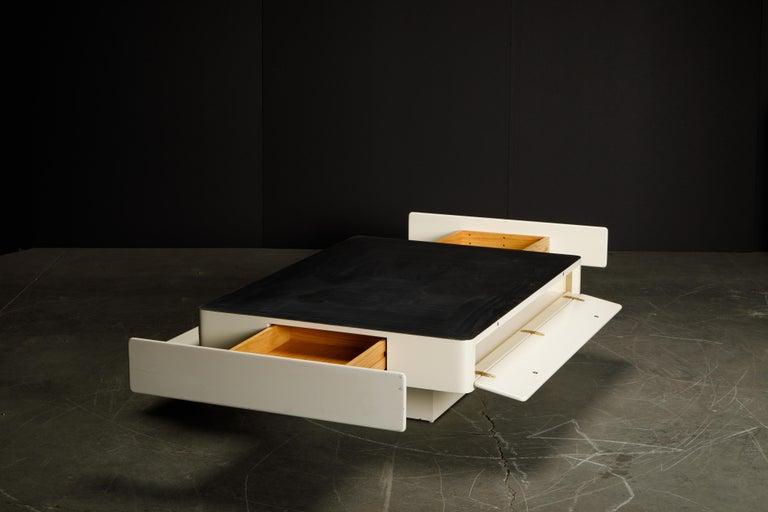 'Caori' Attributed Coffee Table by Vico Magistretti for Gavina  4