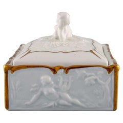 Capodimonte, Italy, Gilded Porcelain Lidded Box Decorated with Romantic Scenes