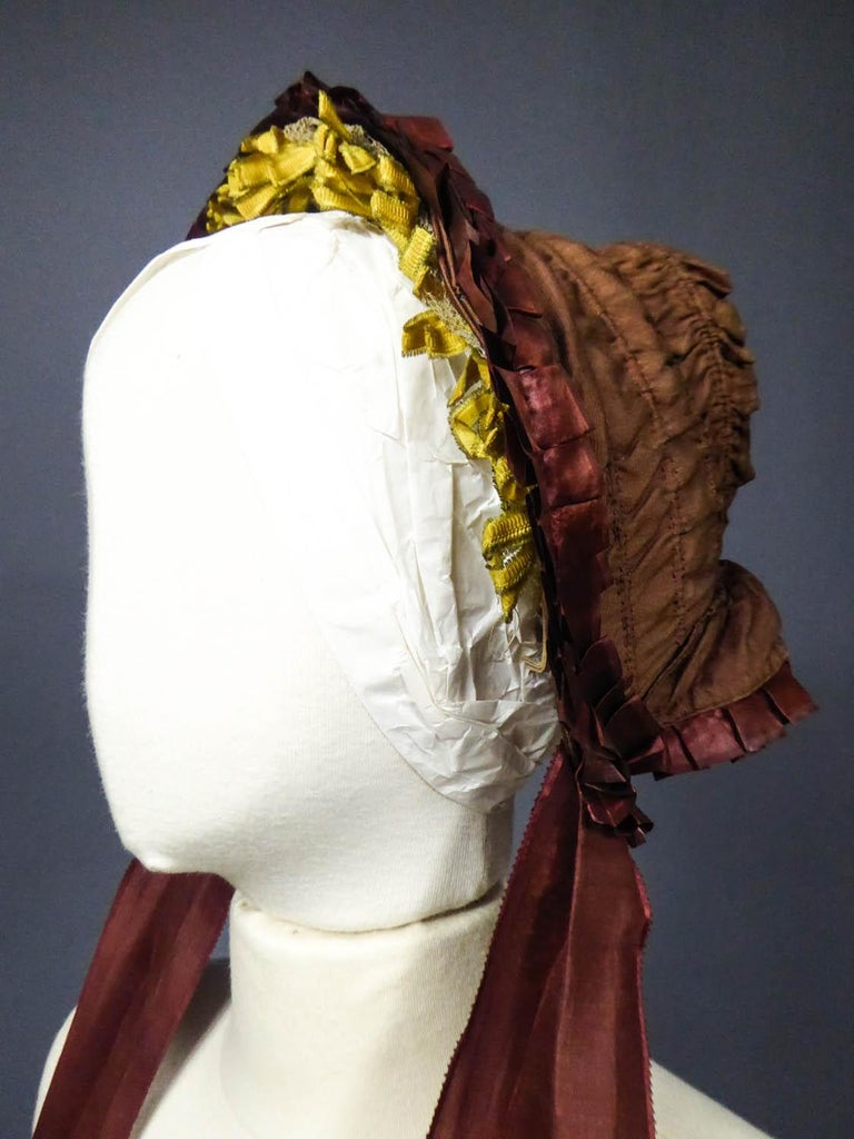 Capote for Little Girl in Taffeta silk with Bavolet Circa 1860 For Sale 1