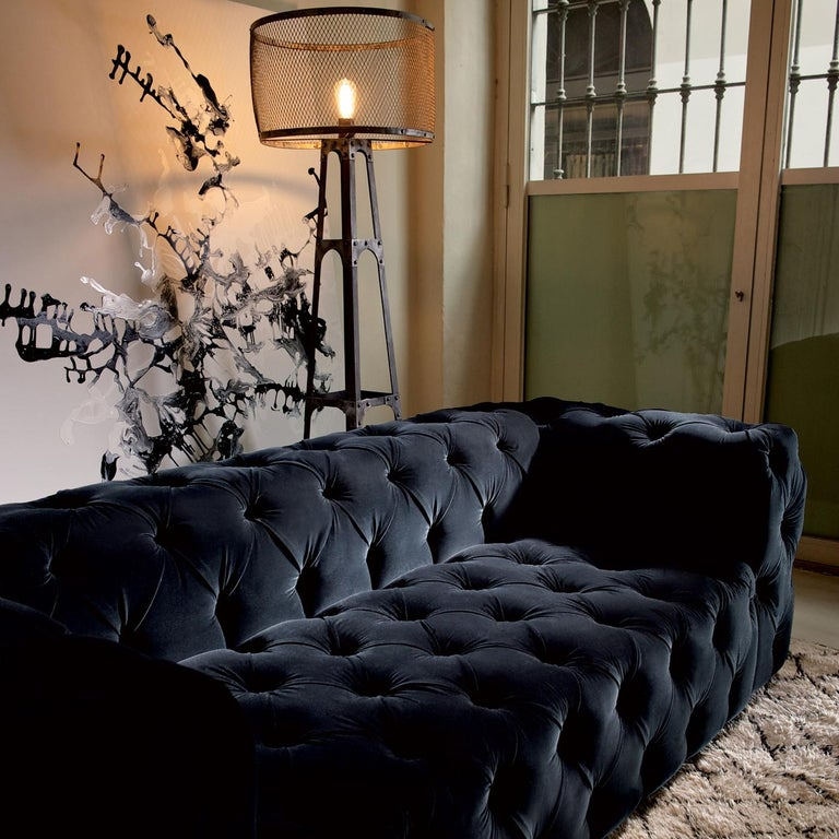 Modern Captionné Sofa by DOM Edizioni For Sale