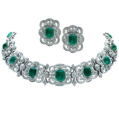 Captivating Emerald and Diamond Earrings and Necklace 18 Karat White Gold Set