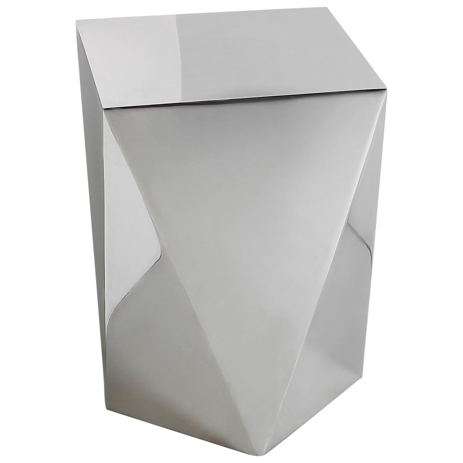 Carat S, Pedestal in Hand Polished Stainless Steel