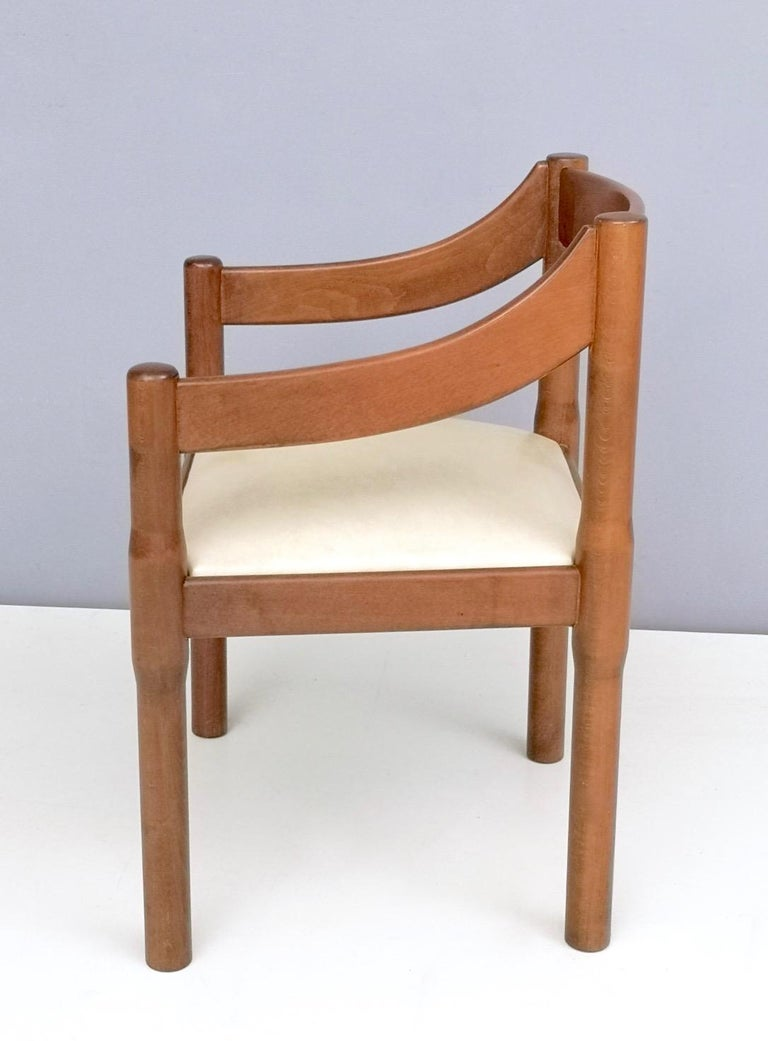 Italian 'Carimate' Walnut and Ivory Skai Chair by Vico Magistretti for Cassina, 1960s For Sale