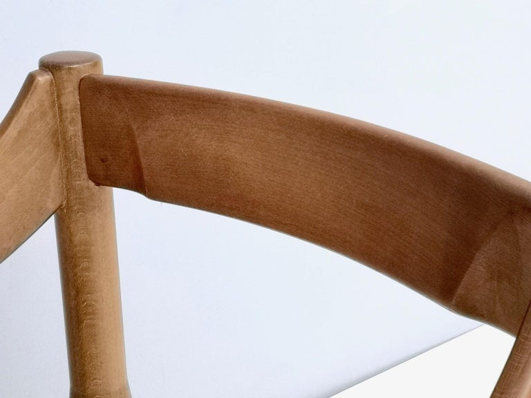 'Carimate' Walnut and Ivory Skai Chair by Vico Magistretti for Cassina, 1960s For Sale 2