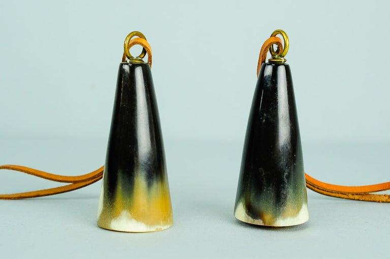 Mid-Century Modern Carl Auböck Bottle Stopper, Horn, Leather, Austria, 1950s For Sale