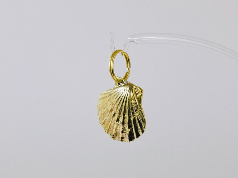 Carl Auböck Handcrafted Midcentury Brass Shell Figurine Key Ring Chain Holder For Sale 1
