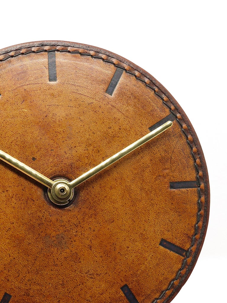 Carl Auböck Midcentury Leather and Brass Desk Table Clock, Austria, 1950s For Sale 10