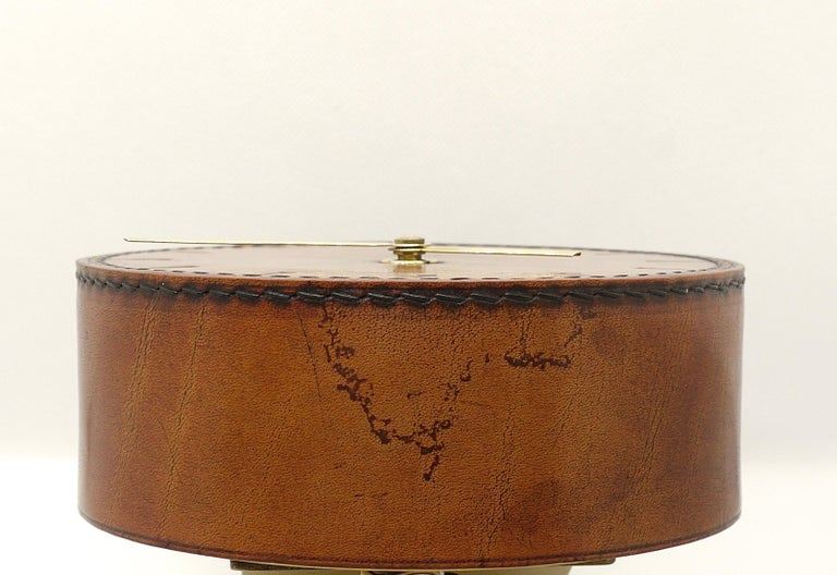 Carl Auböck Midcentury Leather and Brass Desk Table Clock, Austria, 1950s For Sale 1