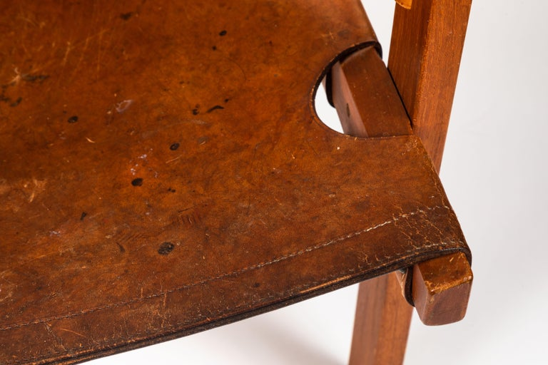 Carl Axel Acking 'Trienna' Chair in Patinated Brown Leather, circa 1957 For Sale 2