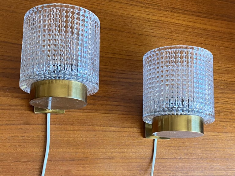 Mid-Century Modern Carl Fagerlund, Wall Lights, Glass, Brass, Orrefors, Sweden, 1950s For Sale