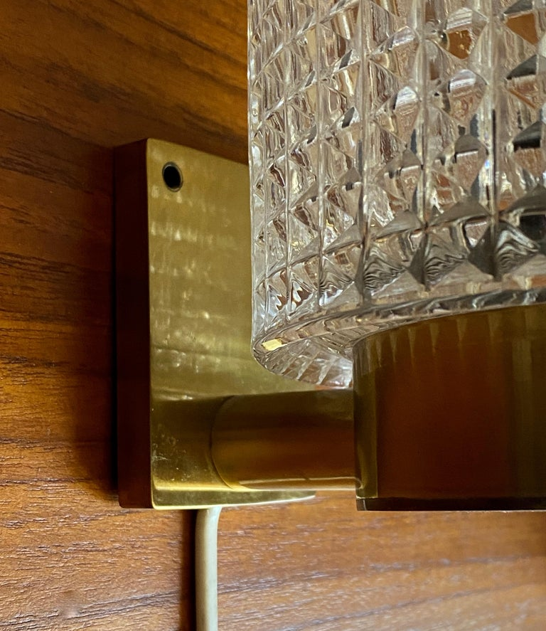 Carl Fagerlund, Wall Lights, Glass, Brass, Orrefors, Sweden, 1950s In Good Condition For Sale In West Palm Beach, FL